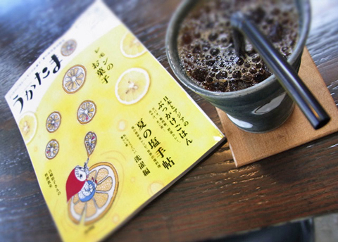 """神戸には""""ぶっかけ""""ならぬ""""ぼっかけ""""という郷土の丼めしがあるようです。"""