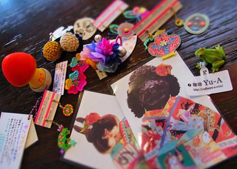 近日、友人はゆーあから淑女の元へ枚のポストカードをお届けすることでしょう↑。