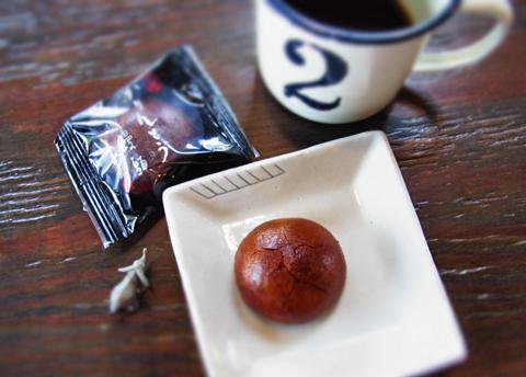 たとえどんな和菓子であろうとも、「珈琲のあるおもてなし。」は最優先でしょう(笑)。