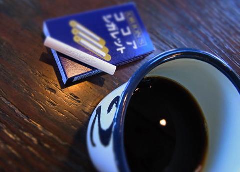煙なし…。ゆーあで、『珈琲&ココア シガレット』の1シーンでした。