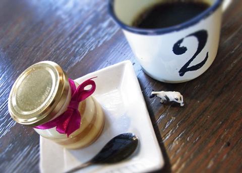 「珈琲のある昼下がり。」の紳士よりご紹介のギャルリ・シュシュアーのプリンであーる。