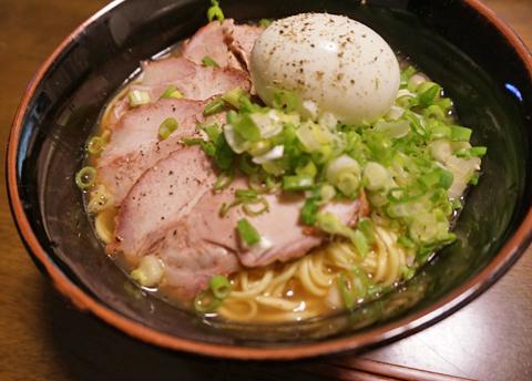毎月恒例、西村くんところの叉焼DaysにGo!で、夕餉に叉焼麺っ。
