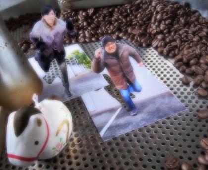 甘いもの探しが得意な紳士は、上菓子の相棒にコロンビアの珈琲をお求めでした。